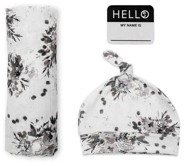 Set aus Mützchen, Muslin swaddle Mulltuch, Fotosticker - Black Floral